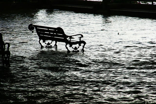 flood-seat-chair-bench-water