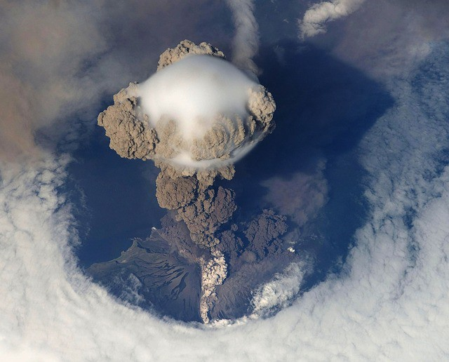 volcanic-eruption-eruption-volcano