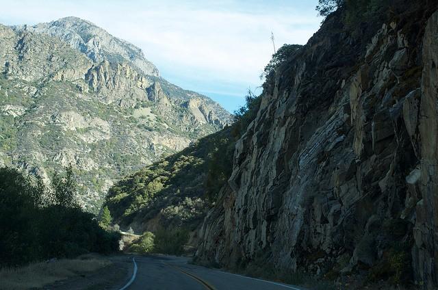 metamorphic-rock-remnants-of-an-ancient-mountain-range