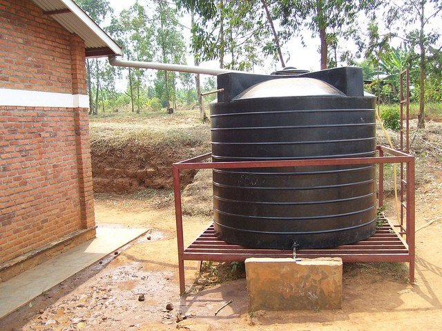 Kulgam – 850 water harvesting tanks and 18,000 water recharge pit constructed.