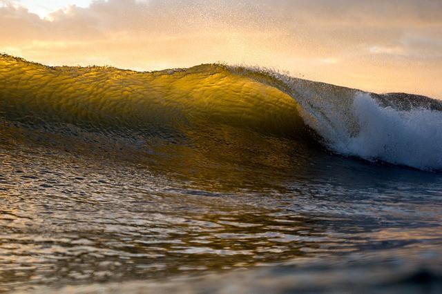 wave-ocean-water-powerful-splash