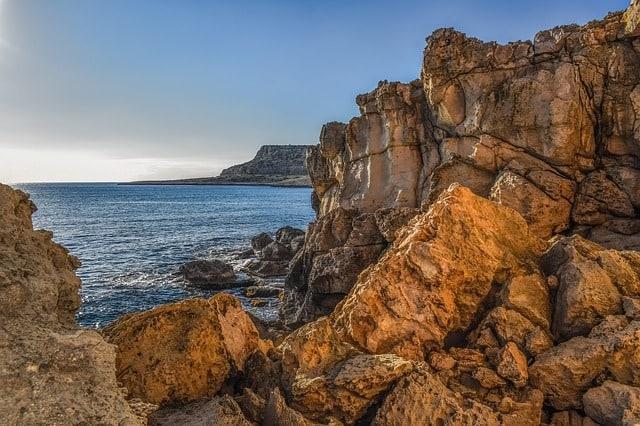 cliff-stones-rock-erosion-geology