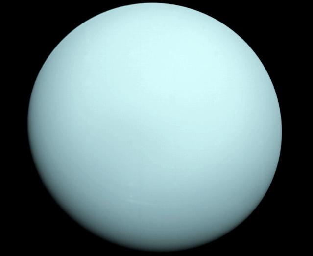 uranus-planet-gas-giant-space