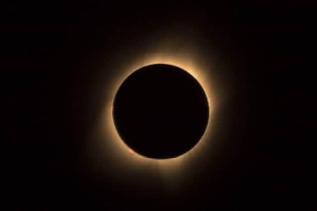 astronomy-circle-dark-solar-eclipse