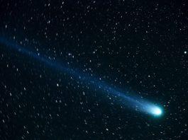 comet-hyakutake-space-cosmos