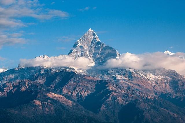 mountain-himalaya-nepal-trekking