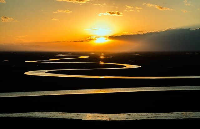 amazon-river-stream-curved-sunset